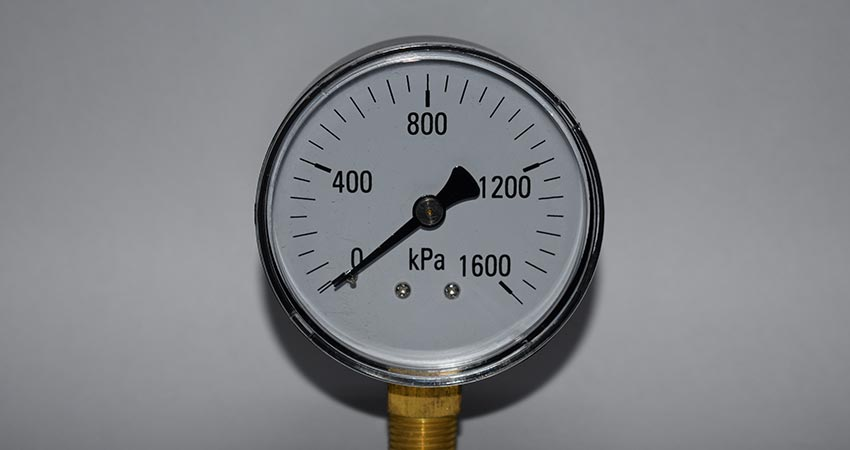 SS steel casing bottom entry gauge